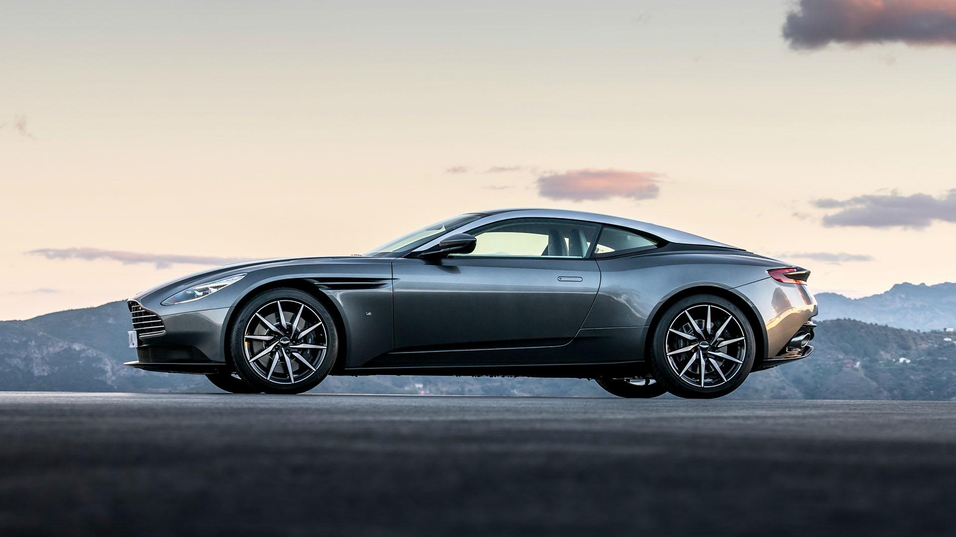 Aston Martin Hilversum